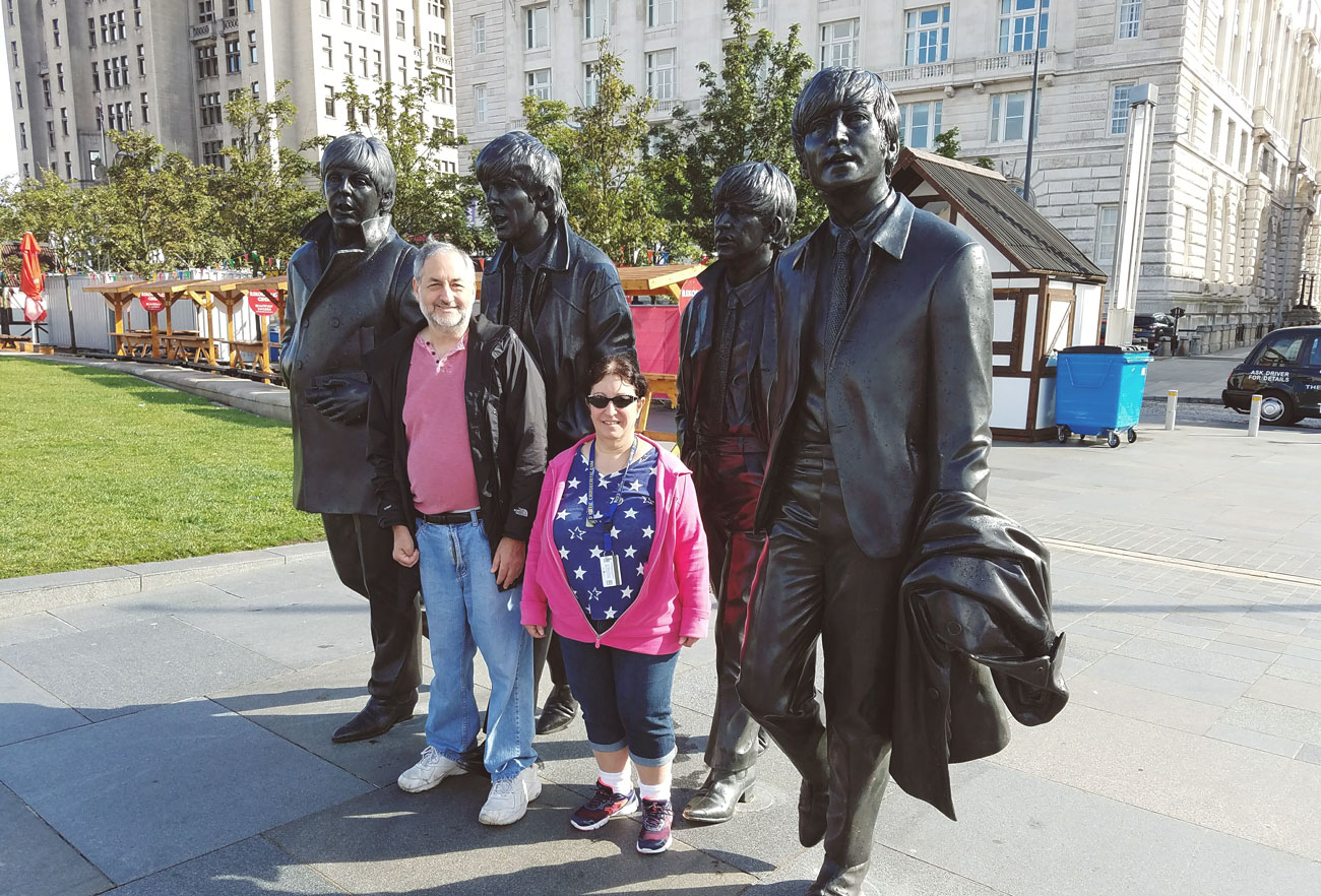 jeff-ruskin-statues